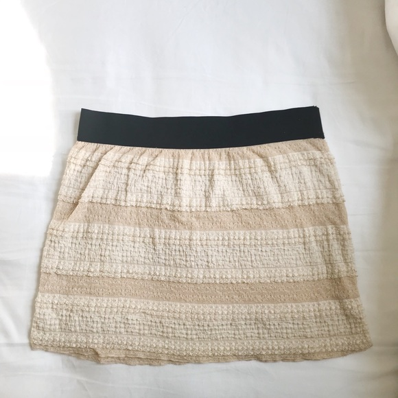 Free People Dresses & Skirts - Free People Lacey Mini Skirt w/ Stretchy Waist